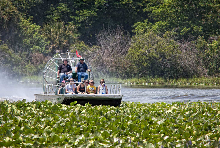 wg-river-ranch-airboat-740