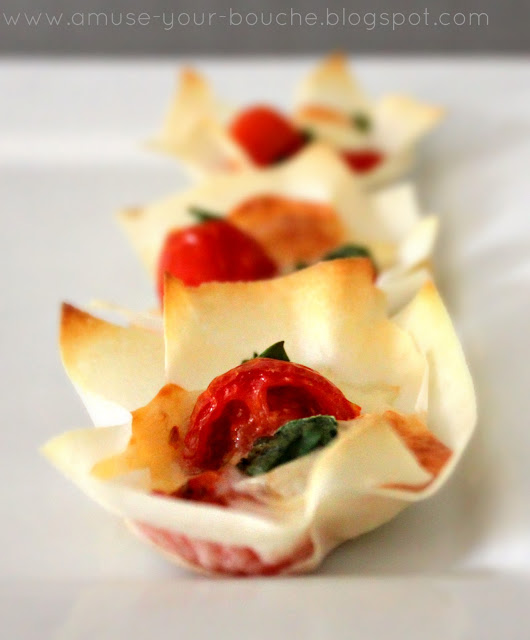 Margherita Pizza Cups