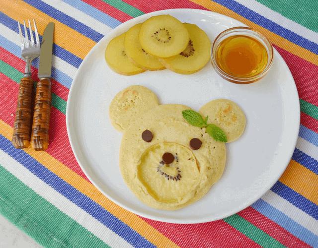 SunGold Kiwi Bear Face Pancakes