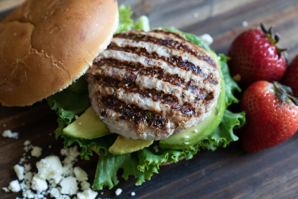 Well•Pict Berries Roasted Strawberry Chicken Burger
