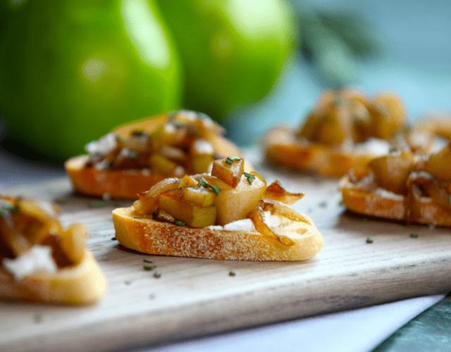 Roasted Bartlett Pear & Caramelized Onion Bruschetta