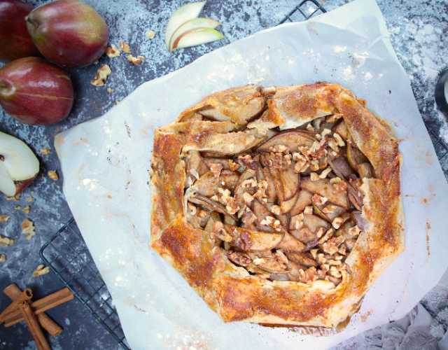 Starr Ranch® Growers Red Anjou Pear & Walnut Galette